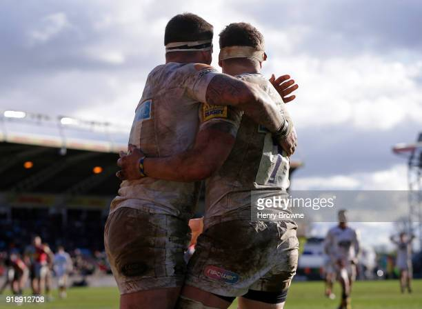 Thomas Young of Wasps celebrates with Guy Thompson after scoring a try during the Aviva Premiership match between Harlequins and Wasps at Twickenham...