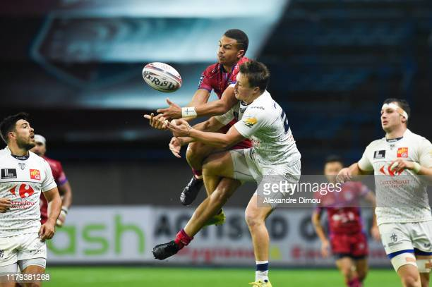 Thomas ZENON of Beziers and Paul PIMIENTA of Colomiers during the Pro D2 match between Beziers and Colomiers on November 1 2019 in Beziers France