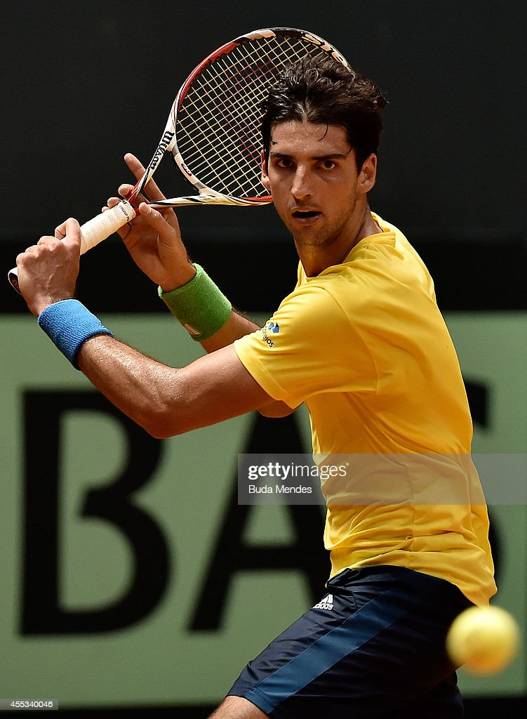 Spain v Brazil - Davis Cup World Group Play-Offs: Day 1 : News Photo