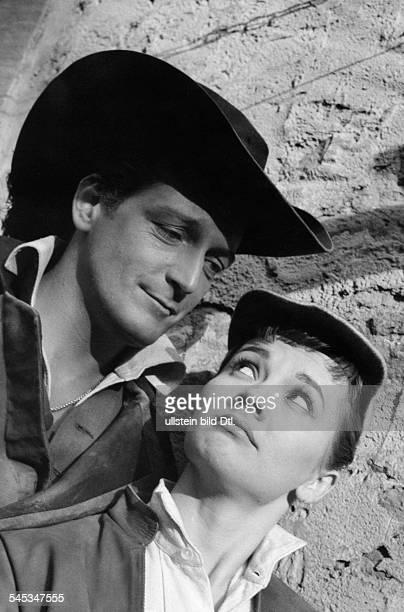 Thompson Carlos *Schauspieler Schriftsteller Argentinien mit Liselotte Pulver in dem Film'Das Wirtshaus im Spessart' D 1957