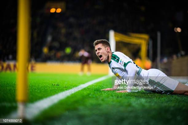 Thorgan Hazard of Moenchengladbach reacts during the Bundesliga match between Borussia Dortmund and Borussia Moenchengladbach at Signal Iduna Park on...