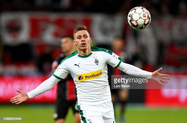 Thorgan Hazard of Moenchengladbach runs with the ball during the Bundesliga match between Bayer 04 Leverkusen and Borussia Moenchengladbach at...