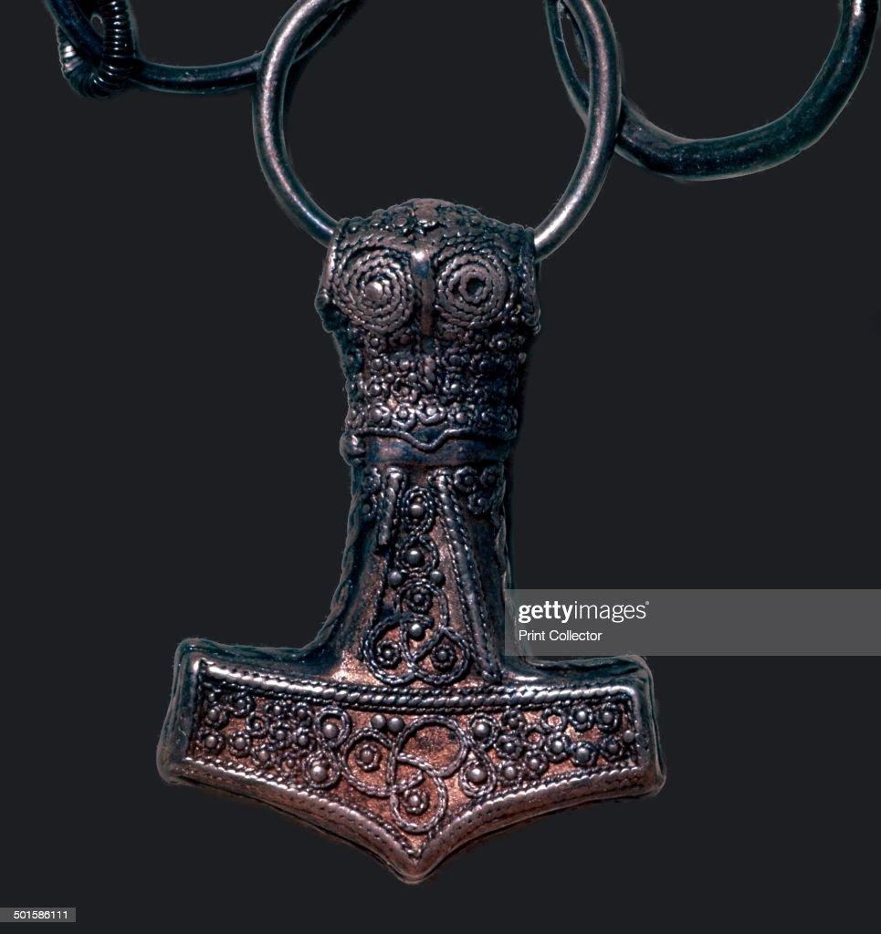 Viking 'Thor's Hammer' pendant, 10th century : News Photo