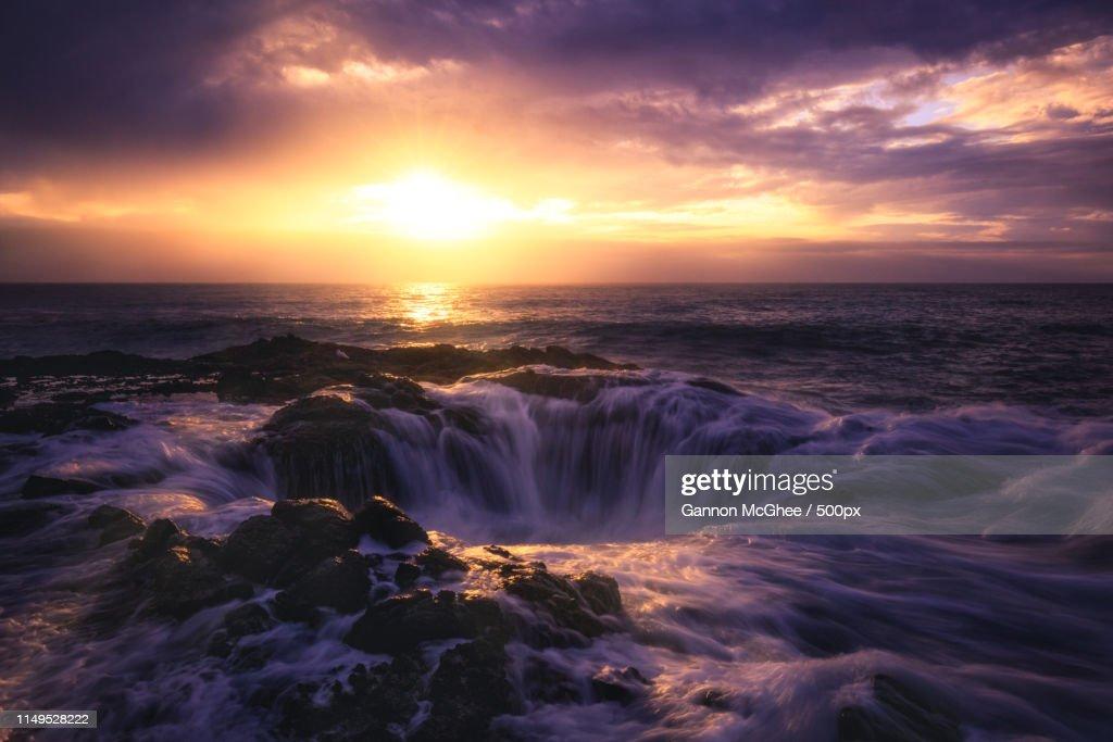 Thor's Well, Cape Perpetua, Oregon : Stock Photo