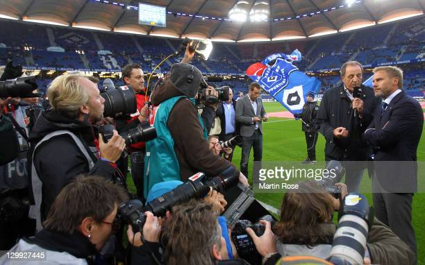Thorsten Fink , new head coach of Hamburg looks on before the Bundesliga match between Hamburger SV and VfL Wolfsburg at Imtech Arena on October 22,...