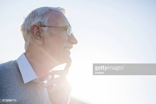 Homme senior bien