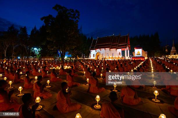 thousand buddhist monks - lifeispixels stock pictures, royalty-free photos & images