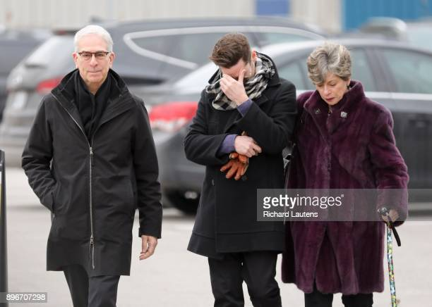 TORONTO ON DECEMBER 21 Thousands came out to the International Centre for the memorial for billionaires Honey and Barry Sherman The two were found...