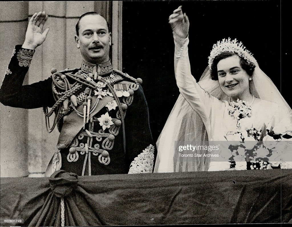 Thousands cheer as Duke of Gloucester and Lady Alice Montagu-Douglas-Scott; Rushed to Toronto by spe : News Photo