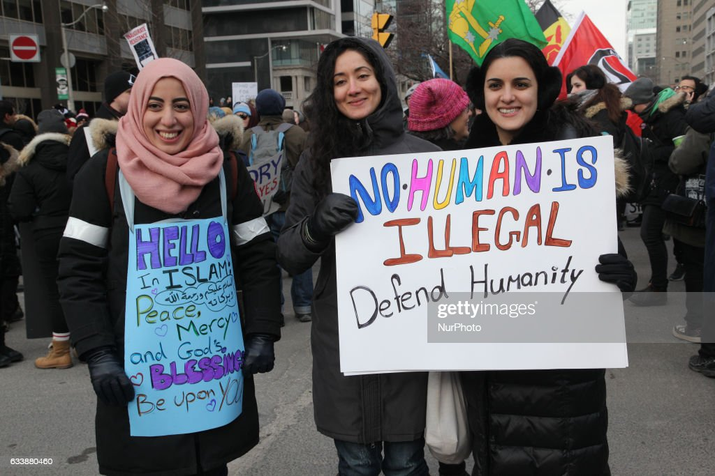 Protest against Islamophobia and President Trump's travel ban on Muslims : News Photo