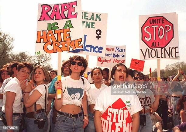 Thousands of demonstrators gather 09 April 1995 in Washington protesting policies of the 104th US Congress regarding poor women abortion and violence...