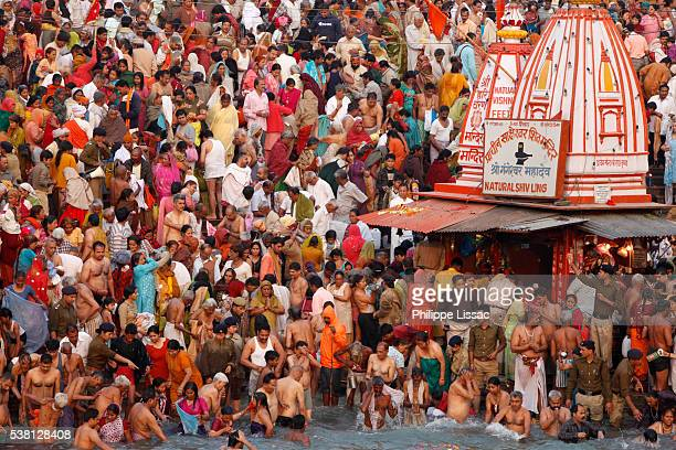 Thousands of devotees converge
