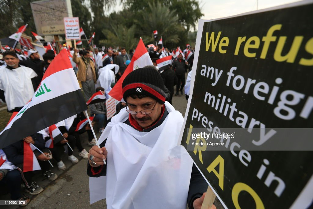 Thousands converge for anti-US rally in Iraq : News Photo
