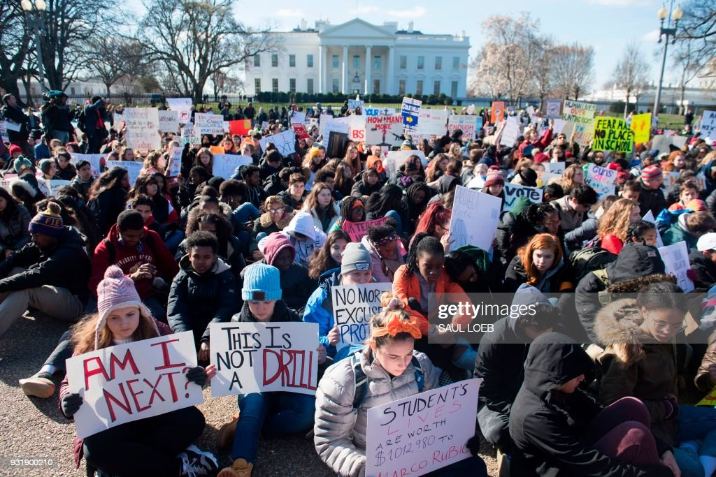 US-POLITICS-GUNS-SCHOOLS-PROTEST : News Photo