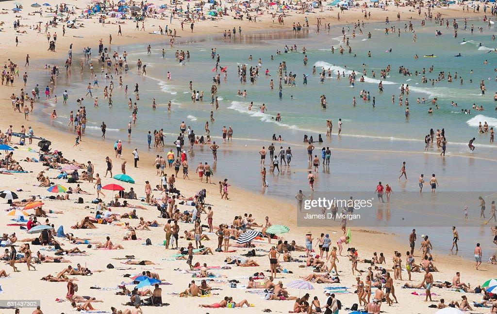 Thousands of locals and visitors to Sydney descend on iconic Bondi Beach to cool down in the water on January 11, 2017 in Sydney, Australia. High temperatures combined with rising humidity have made for an uncomfortable day in Sydney, with temperatures hitting 40 degrees Celsius in some parts.