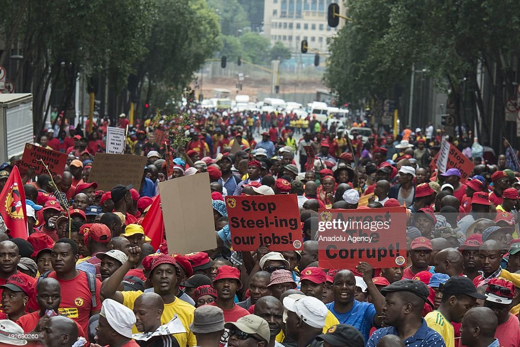 South Africa anti corruption protest : News Photo
