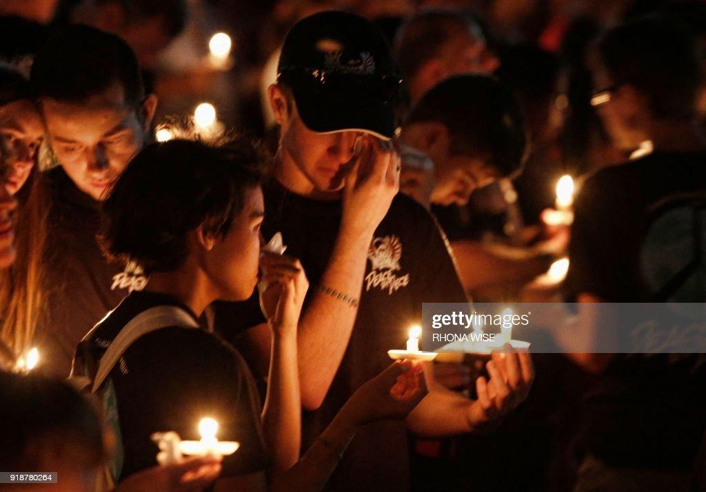 US-SHOOTING-SCHOOL-CRIME : News Photo