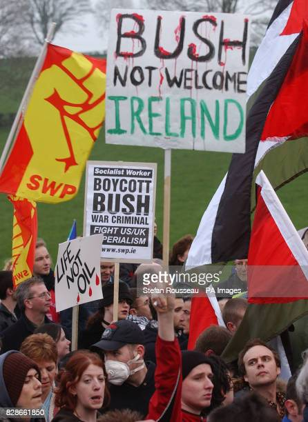 Thousands of peace protesters march on the Iraqi war summit being held at Hillsborough Castle outside Belfast Northern Ireland where US President...