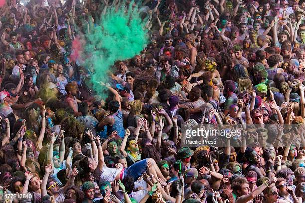 Thousands of people at the second edition of the Turin Holi Fusion, the Festival of Colors of Indian origin. Here a moment of color explosion.