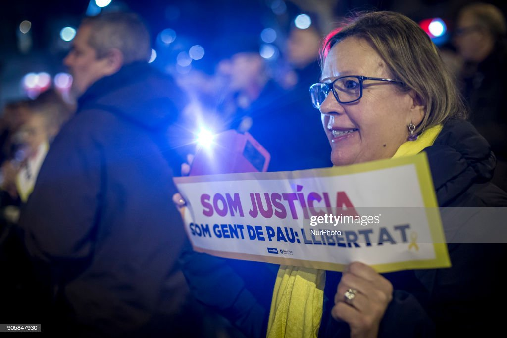 Demonstration supporting Catalonia's independence leaders prisoner