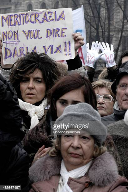 Thousands of people gathered in Milan to protest against sex scandals involving italian prime minister Silvio Berlusconi defending women dignity.