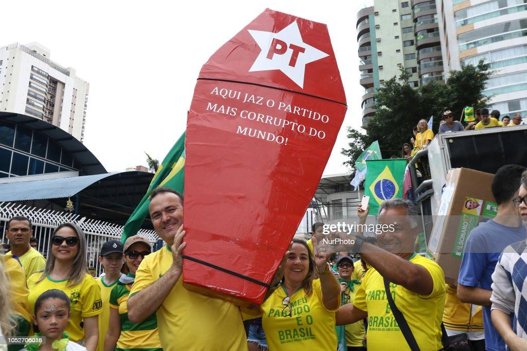 Rally In Favor Of Jair Bolsonaro In City Vila Velha : News Photo