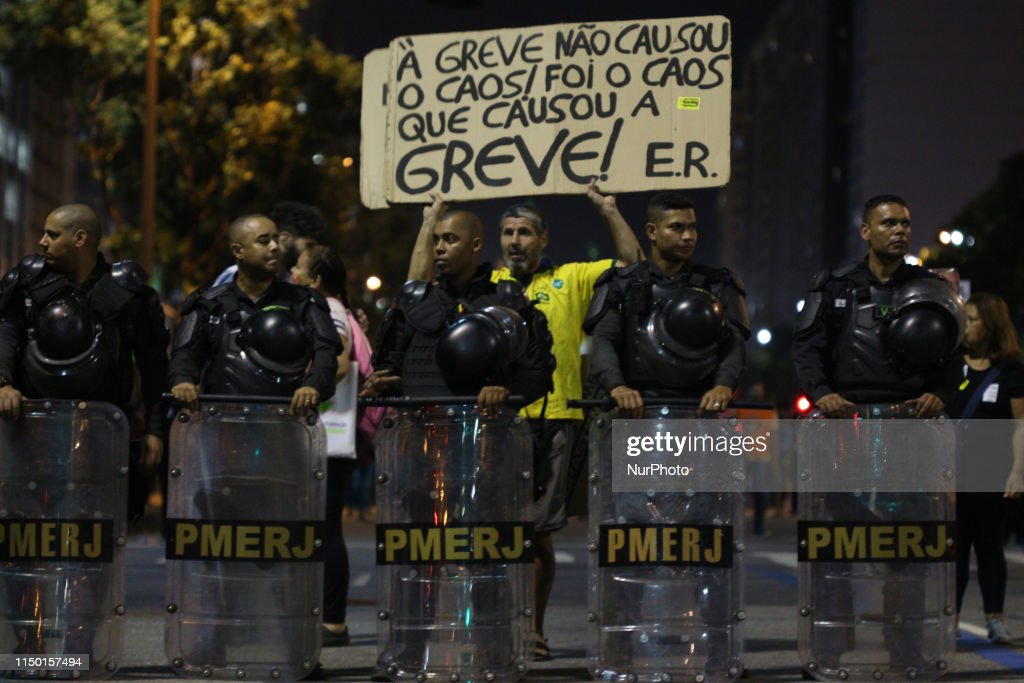 Brazil Protest Against Government Proposed Pension Reforms : News Photo