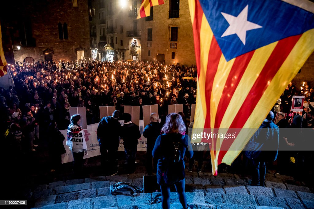 Catalonia's Prisoners Supporting Torch March : News Photo