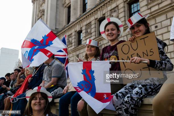 Thousands of proBrexit supporters of farright activist and former English Defence League leader Tommy Robinson and UK Independence Party take part in...