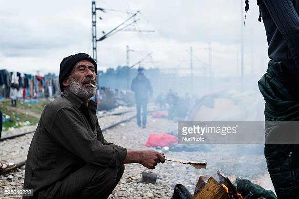 Thousands of refugees are stranded on the border between Greece and Macedonia Rain and cold make it increasingly difficult to stay Idomeni Greece...