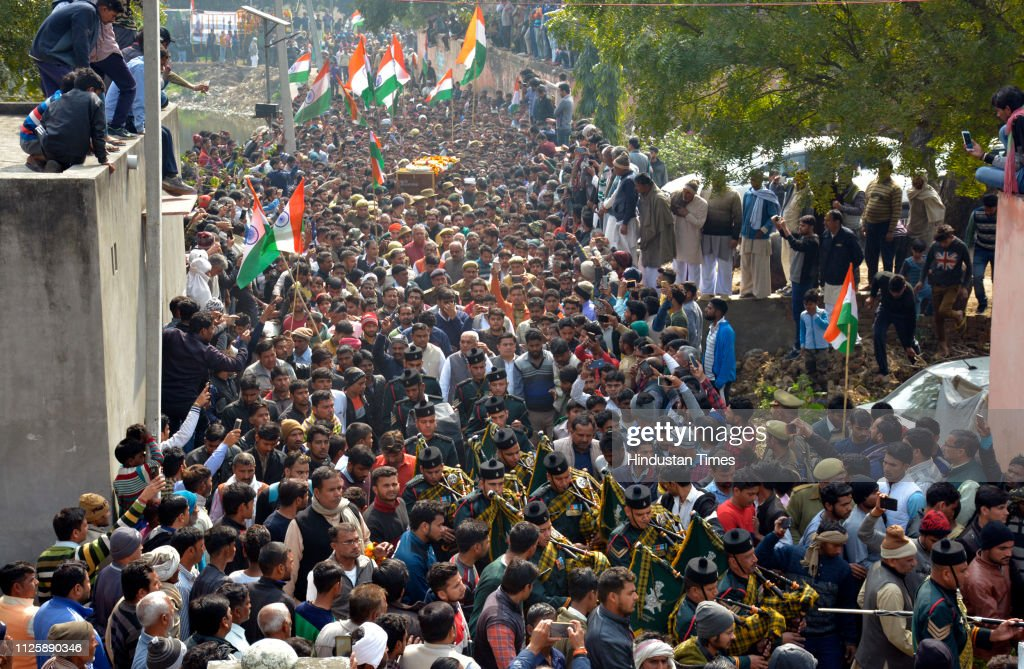 IND: Thousands Pay Tribute To Martyr Army Jawan Ajay Kumar