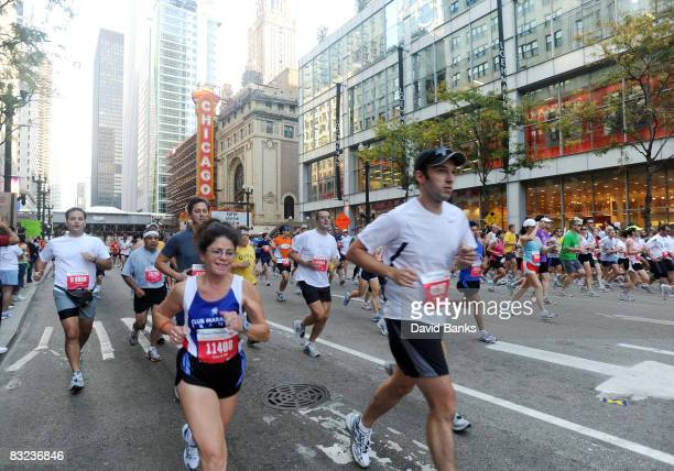 Thousands of runners participate in the Bank of America Chicago Marathon October 12 2008 in Chicago Illinois Evans Cheruiyot of Kenya won the mens...
