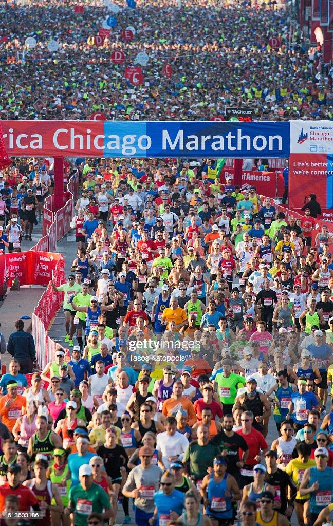 2016 Bank of America Chicago Marathon : News Photo
