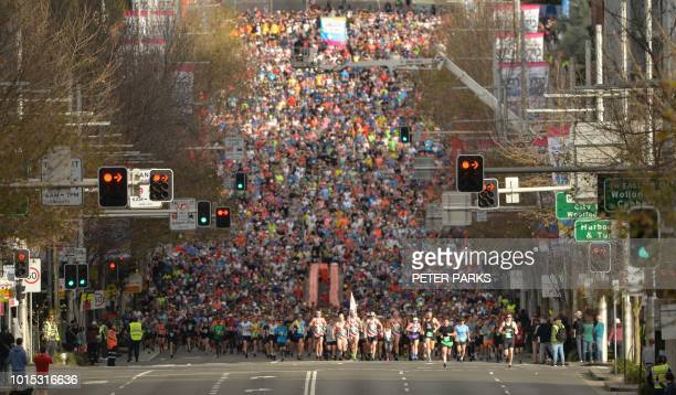 Thousands of runners take part in the annual City2Surf road race in Sydney on August 12, 2018. / -- IMAGE RESTRICTED TO EDITORIAL USE - STRICTLY NO...