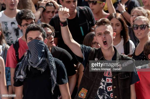 Thousands of students demonstrate as part of a nationwide mobilization against the 'good school' reform of the former government Renzi that provides...