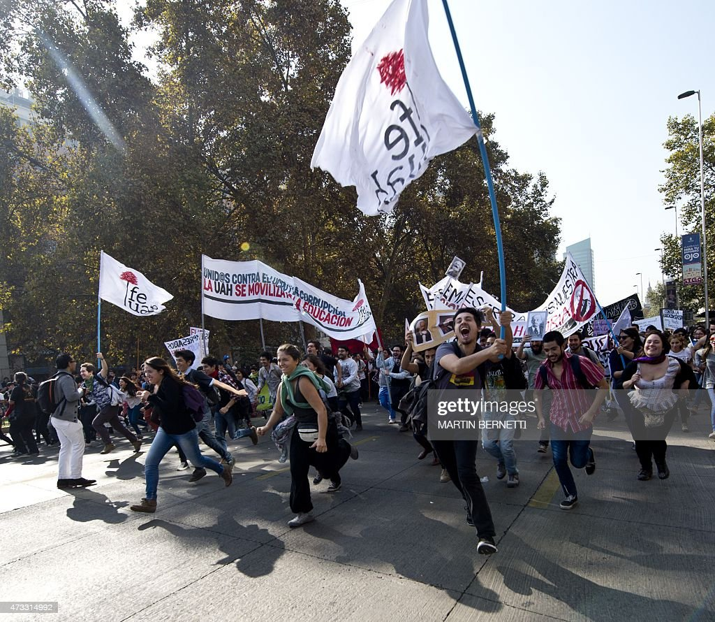 CHILE-EDUCATION-STUDENT-PROTEST : News Photo