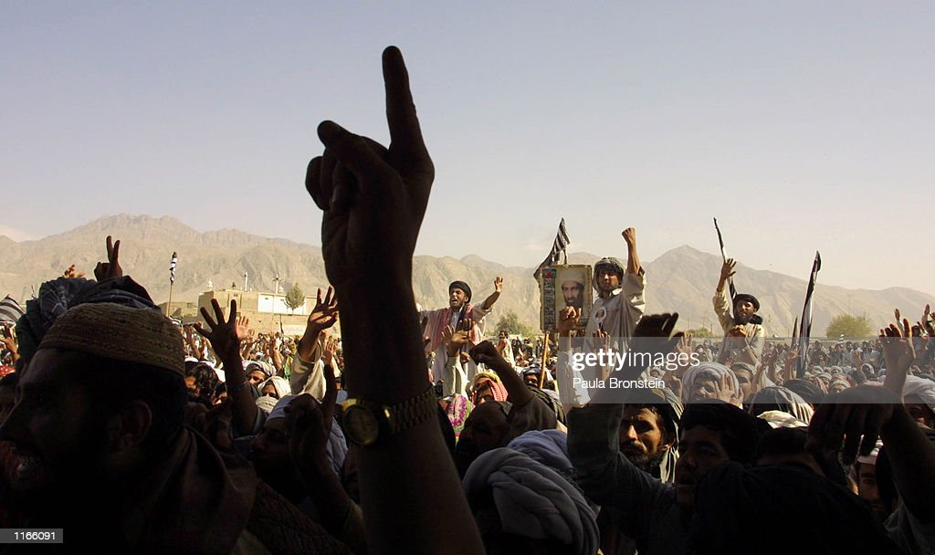 Taliban Supporters Rally in Pakistan : News Photo