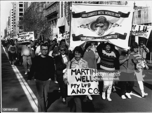 Thousands of Union members demonstrating against changes of workers Compensation laws gathering outside Parliament House today June 07 1989