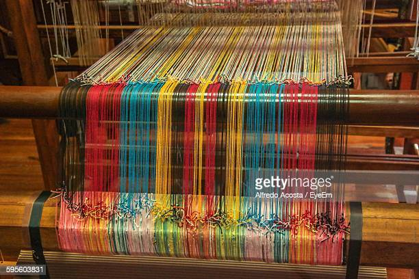thread weaving in industry - loom stock pictures, royalty-free photos & images