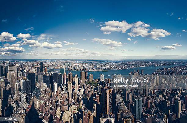 nyc three boroughs aerial - queens new york city - fotografias e filmes do acervo