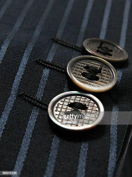 3 つボタン。 - 袖 ストックフォトと画像