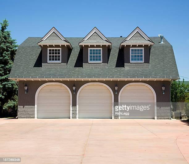 Garage di tre auto