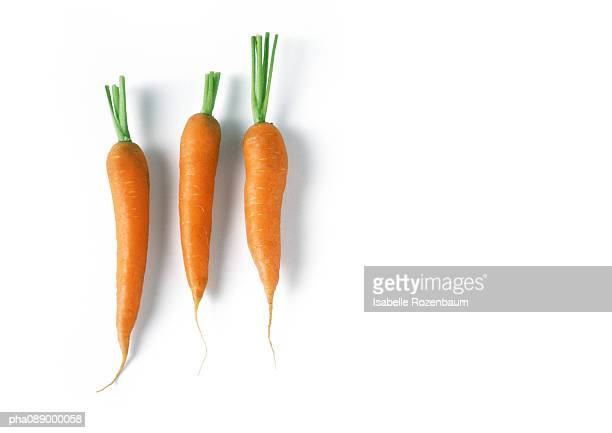 Three carrots, full length