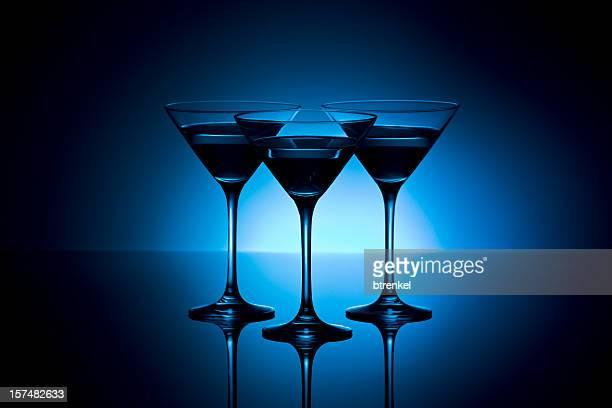 Três cocktail de óculos