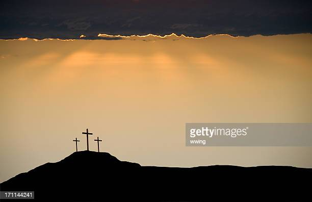 three crosses on good friday at the death of christ - images of jesus on the cross at calvary stock pictures, royalty-free photos & images