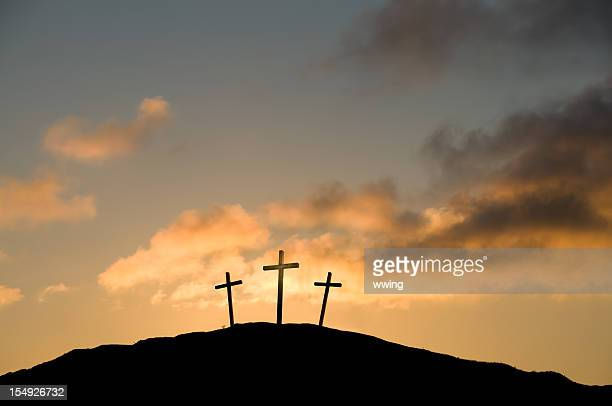 three crosses on good friday - good friday stock pictures, royalty-free photos & images