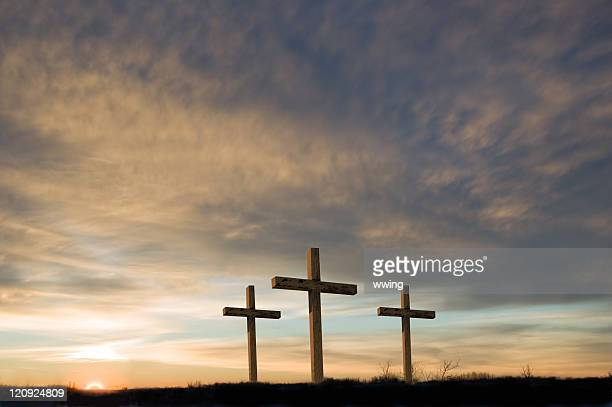 three crosses on good friday with setting sun and  copy. - good friday stock pictures, royalty-free photos & images
