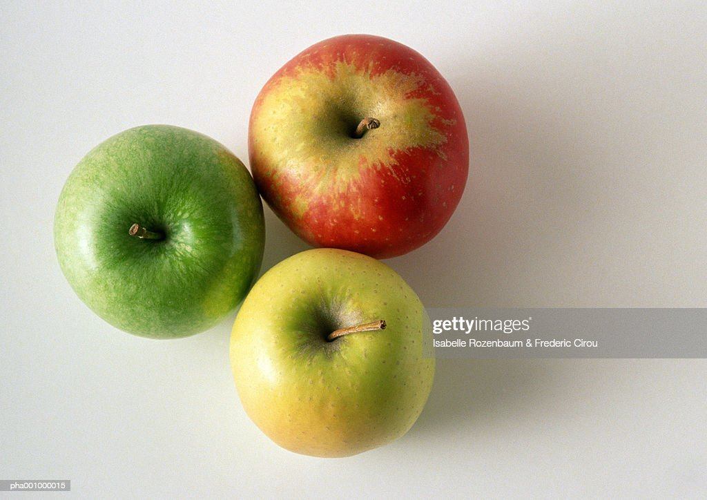 Three different sorts of apples, close-up, high angle view : Stockfoto