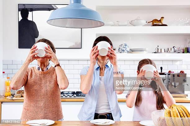 Trois générations de petit déjeuner