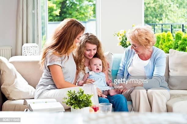 three generations women - izusek stockfoto's en -beelden